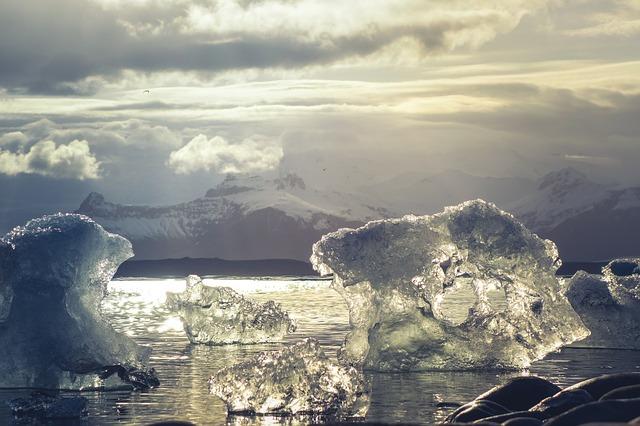 ľad na Antarktíde.jpg