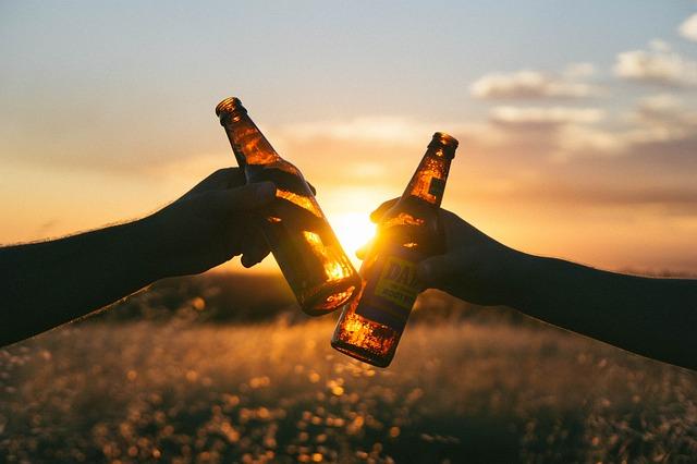 Fľašky piva.jpg