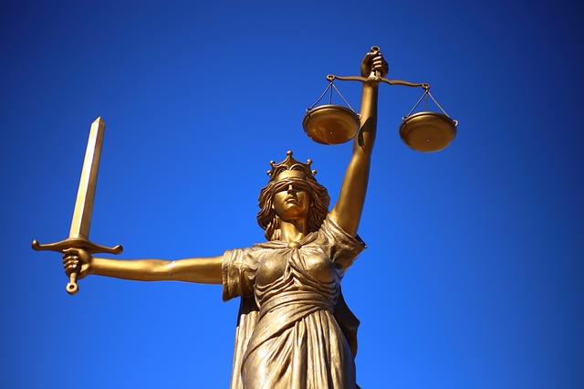 Socha spravodlivosti.jpg