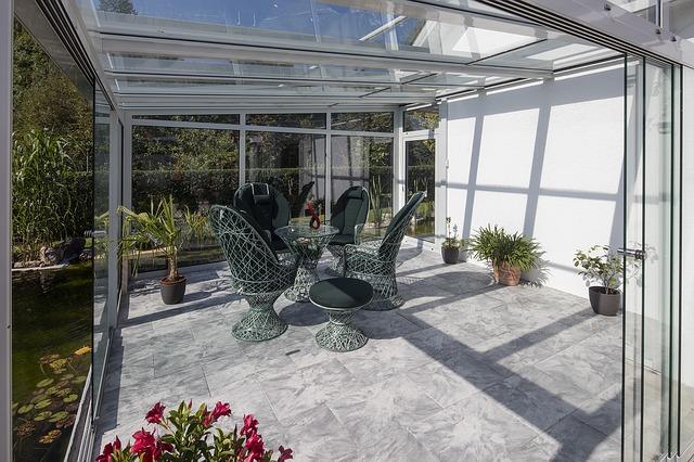 presklená záhradná terasa.jpg
